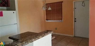 Miami Gardens Condo/Townhouse For Sale: 465 NW 210th St #202