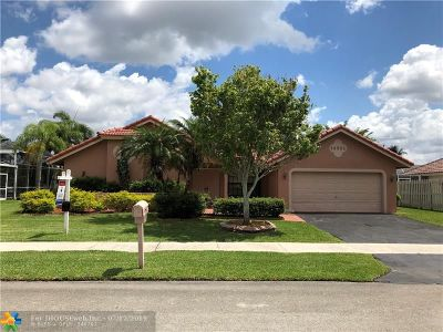Davie Single Family Home For Sale: 14501 Hickory Ct