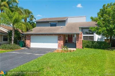 Coral Springs Single Family Home For Sale: 3753 NW 73rd Way