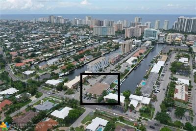 Fort Lauderdale Condo/Townhouse For Sale: 3220 Bayview Drive #102