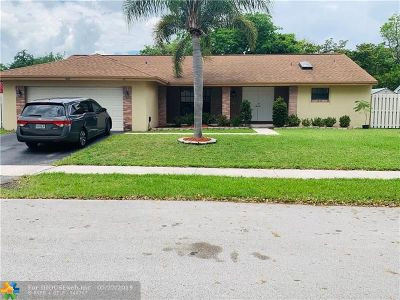 Davie Single Family Home For Sale: 811 Monticello Ave
