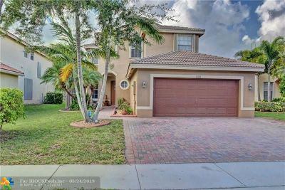 Broward County Single Family Home For Sale: 16181 SW 29th St