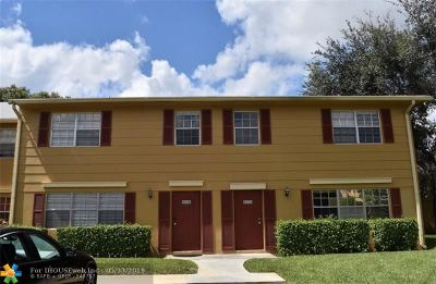 Davie FL Condo/Townhouse For Sale: $235,000