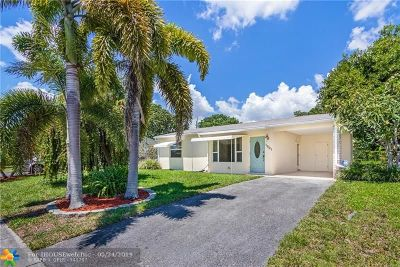 Broward County Single Family Home For Sale: 1801 SW 63rd Ter