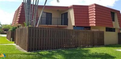 Boca Raton Condo/Townhouse For Sale: 8194 Thames Blvd #B