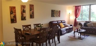 Margate Condo/Townhouse For Sale: 6670 Royal Palm Blvd #203