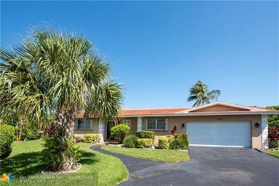 Plantation Single Family Home For Sale: 7185 E Tropical Way