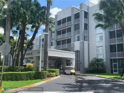 Doral Condo/Townhouse For Sale: 9725 NW 52nd #421