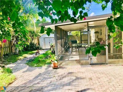 Oakland Park Single Family Home For Sale: 5940 NE 6th Ave