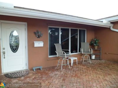 Broward County Single Family Home For Sale: 4070 NE 15th Ave