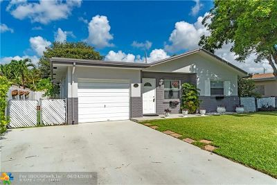 Deerfield Beach Single Family Home For Sale: 335 SW 32nd Ave
