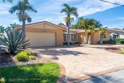 Lighthouse Point Single Family Home For Sale: 4240 NE 23rd Ter