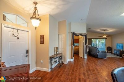 Weston Single Family Home For Sale: 4111 Sapphire Ter