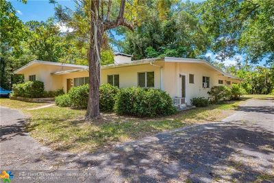 Plantation Single Family Home For Sale: 4300 SW 7th St