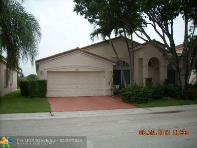 Davie Single Family Home For Sale: 1621 SW 106th Ter