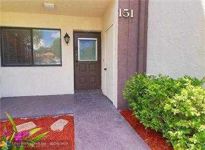Margate Condo/Townhouse For Sale: 151 W Laurel Dr #1001