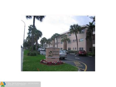 Lauderdale By The Sea Condo/Townhouse For Sale: 1481 S Ocean Blvd #110E