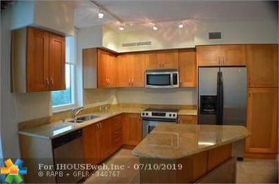 Hallandale Condo/Townhouse For Sale: 1755 E Hallandale Beach Blvd #507E