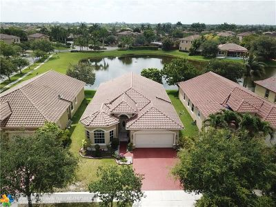 Miramar Single Family Home For Sale: 5211 SW 141st Ave