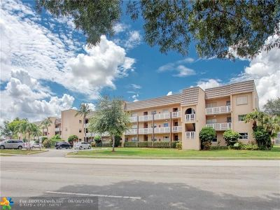Sunrise Condo/Townhouse For Sale: 9310 Sunrise Lakes Blvd #109