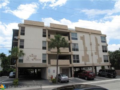 Hallandale Condo/Townhouse For Sale: 2420 Diana Dr #402