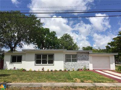 North Miami Single Family Home For Sale: 790 NE 139th St