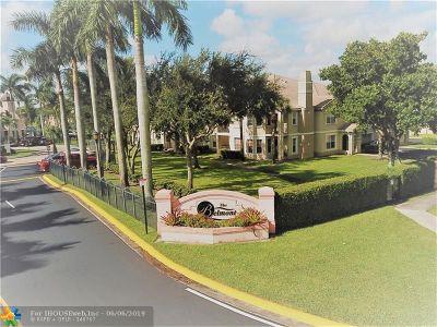 North Lauderdale Condo/Townhouse For Sale: 2011 Belmont Ln #2011