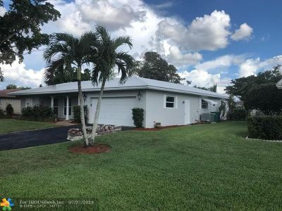 Coral Springs Single Family Home For Sale: 10610 NW 41st St