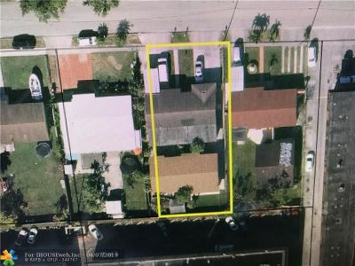 Hialeah Multi Family Home For Sale: 1310 W 30th St