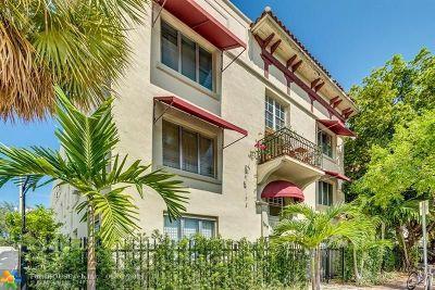 Miami Beach Condo/Townhouse For Sale: 1619 Jefferson Ave #27