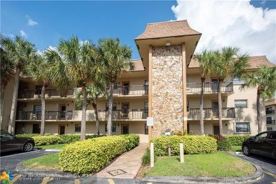 Tamarac Condo/Townhouse For Sale: 4955 E Sabal Palm Blvd #210