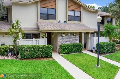 Coconut Creek Condo/Townhouse For Sale: 4820 NW 22nd St #4134