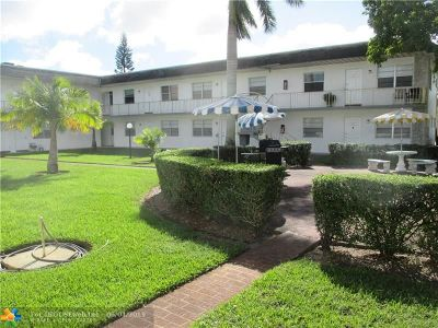 Davie Condo/Townhouse For Sale: 6191 SW 37th St #104