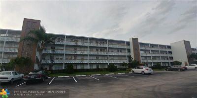 Deerfield Beach Condo/Townhouse For Sale: 2067 E Harwood E #2067
