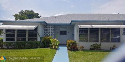 Delray Beach Condo/Townhouse For Sale: 1180 S Drive Circle #A