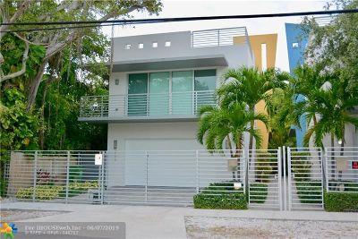 Coconut Grove Condo/Townhouse For Sale: 3123 Oak Ave
