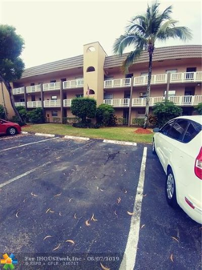 Sunrise Condo/Townhouse For Sale: 9310 Sunrise Lakes Blvd #104