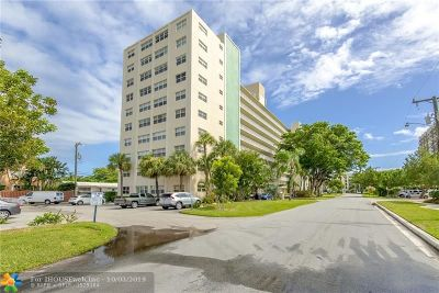 Fort Lauderdale Condo/Townhouse For Sale: 2555 NE 11th St #PH-7
