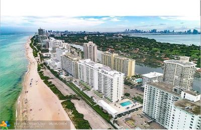 Miami Beach Condo/Townhouse For Sale: 5601 Collins Ave #1021