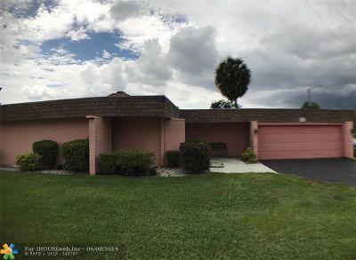 Tamarac Single Family Home Backup Contract-Call LA: 5724 S Bayberry Ln