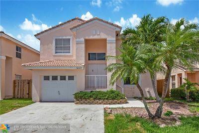 Margate Single Family Home For Sale: 3067 Martello Dr