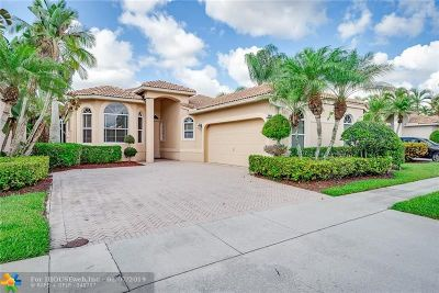 Delray Beach Single Family Home For Sale: 5144 Ventura Dr