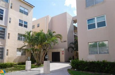 Lauderdale Lakes Condo/Townhouse For Sale: 2860 Somerset Dr #112K