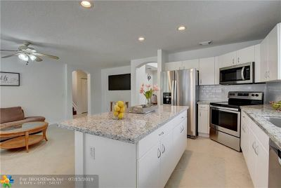 Coral Springs Single Family Home For Sale: 5182 NW 122nd Ave