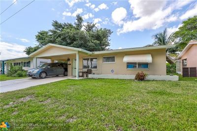 Tamarac Single Family Home For Sale: 2621 NW 55th St