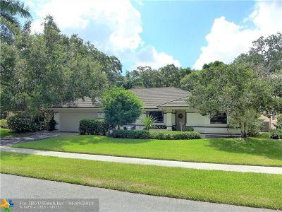 Davie Single Family Home For Sale: 1630 E Oak Knoll Cir