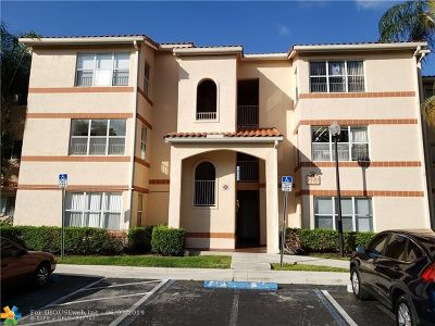 Margate Condo/Townhouse For Sale: 3420 Pinewalk Dr #723