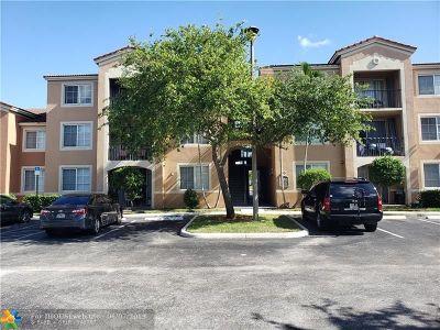 Tamarac Condo/Townhouse For Sale: 7980 N Nob Hill Rd #103