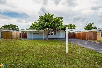 Oakland Park Single Family Home For Sale: 5691 NE 7th Ter