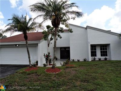 Lauderhill Single Family Home For Sale: 7471 NW 35th Ct